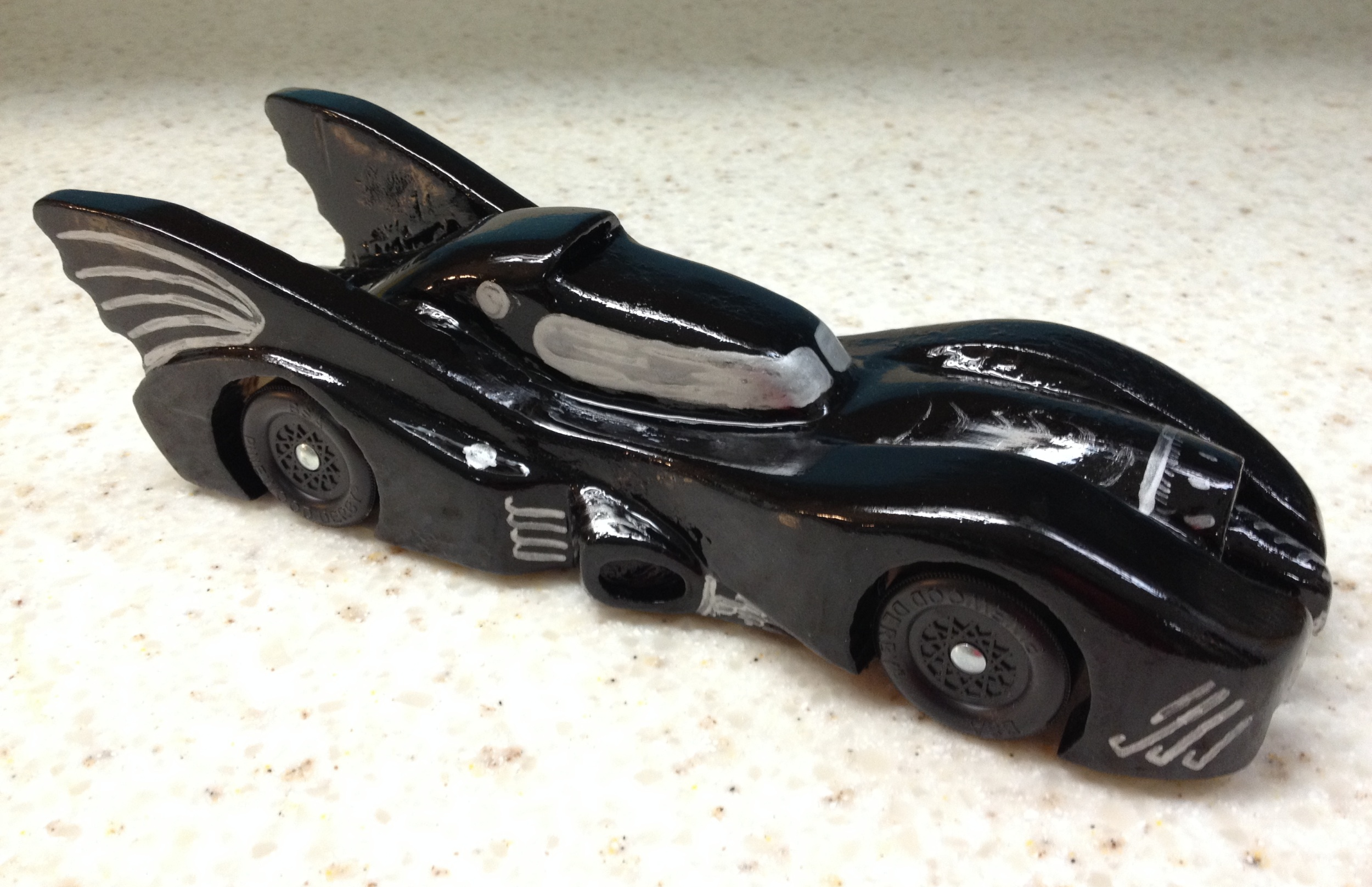 How To Build An Awesome Batmobile Pinewood Derby Car Kurts Blog - Derby cars