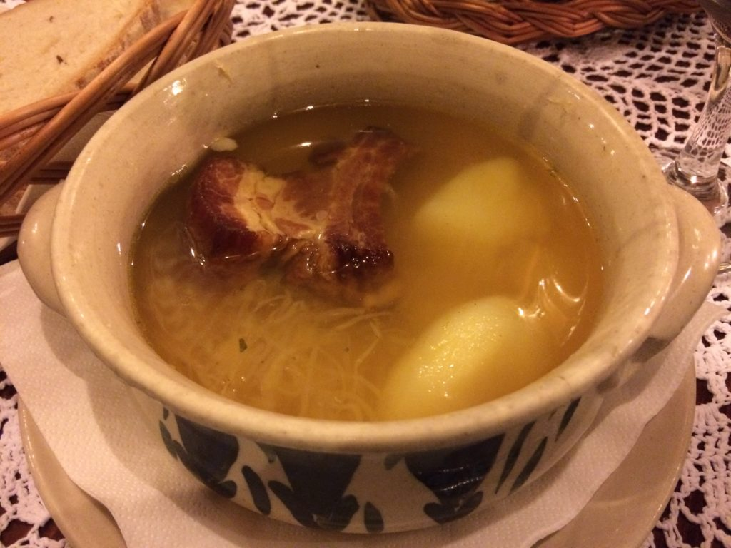 09-sauerkraut_soup_with_rib_and_potato